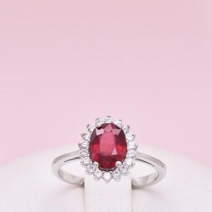 Sidabrinis žiedas su sint rubinu (korundu) ir fianitais 180K15
