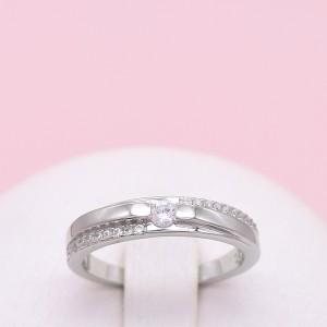 Sidabrinis žiedas su cirkoniais 17.25 mm 180K05