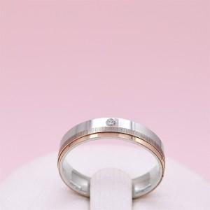 Sidabrinis žiedas su aukso plokštelė ir cirkoniu