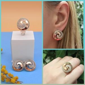 Sidabrinis komplektas auskarai ir žiedas su aukso plokštelėmis